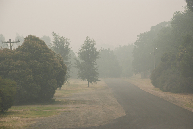 ashleigh-leech-someform-bushfires-huntly-australia-02