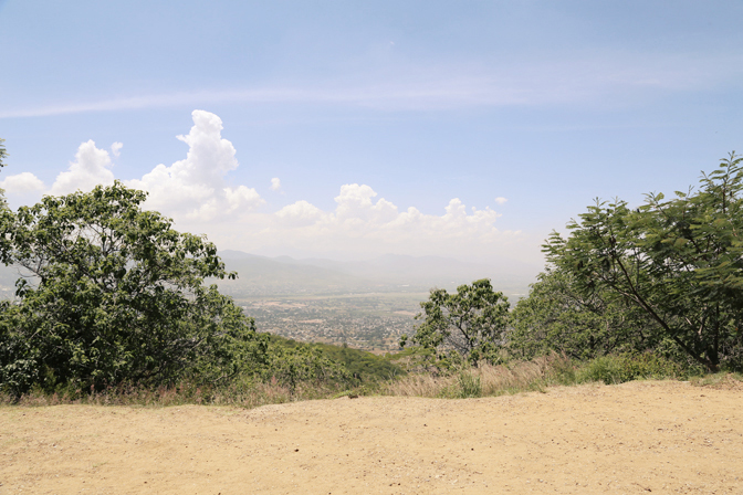 ashleigh-leech-someform-monte-alban-oaxaca-mexico-01
