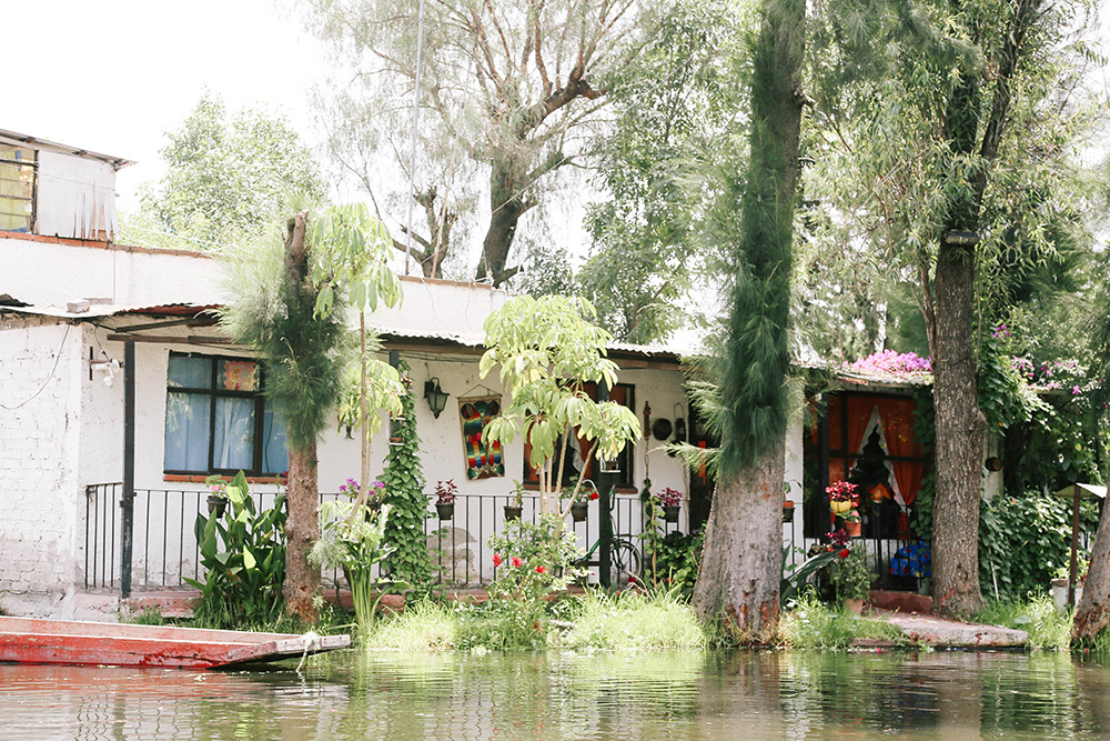 ashleigh-leech-someform-xochimilco-mexico-city-mexico-03