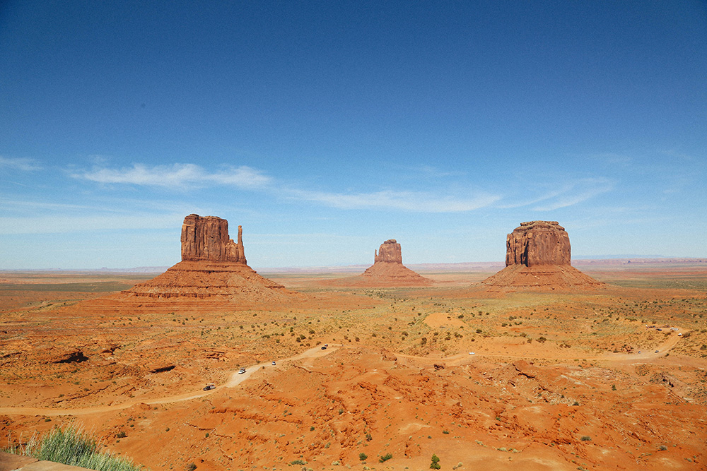 ashleigh-leech-someform-monument-valley-utah-united-states