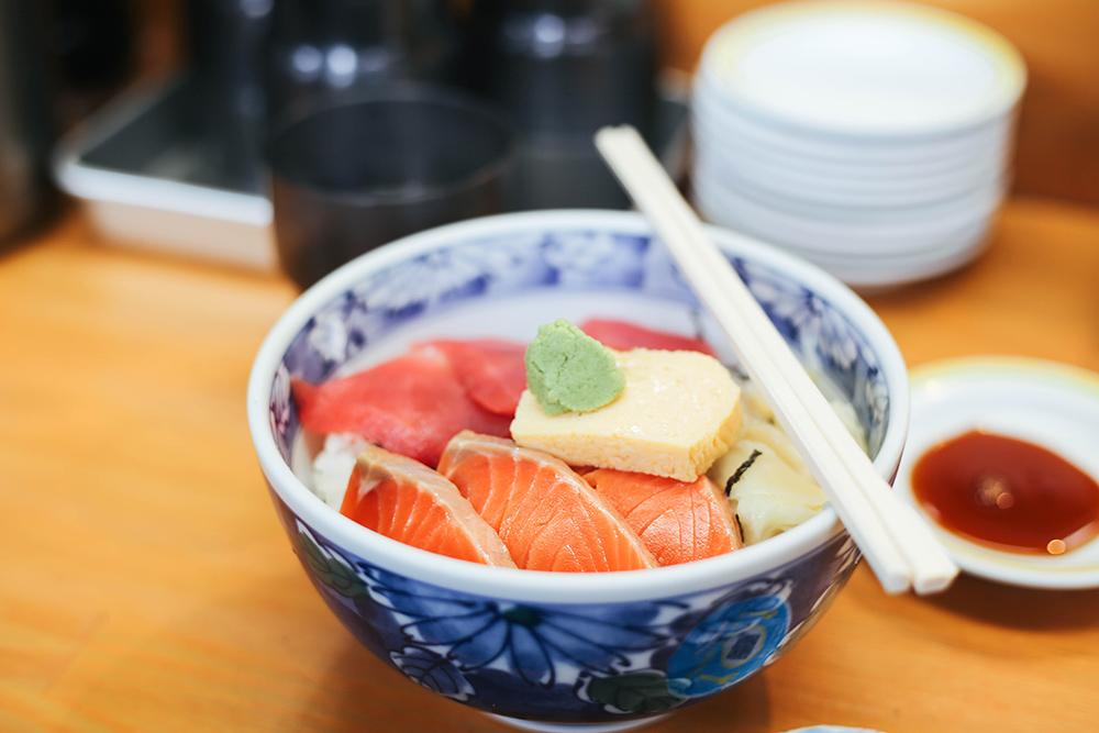 ashleigh-leech-someform-tsukiji-kanno-tokyo-japan